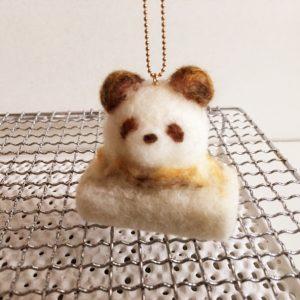 焼き餅パンダの バッグチャーム